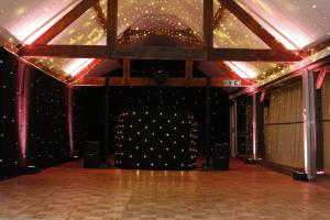High Quality Mobile Disco in Tamworth